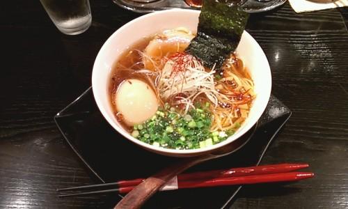醤油らー麺 730円