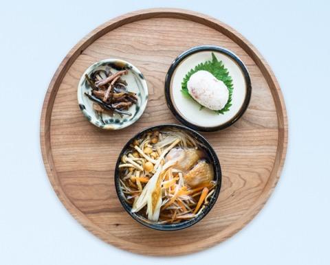 秋田定食「稲庭干饂飩」