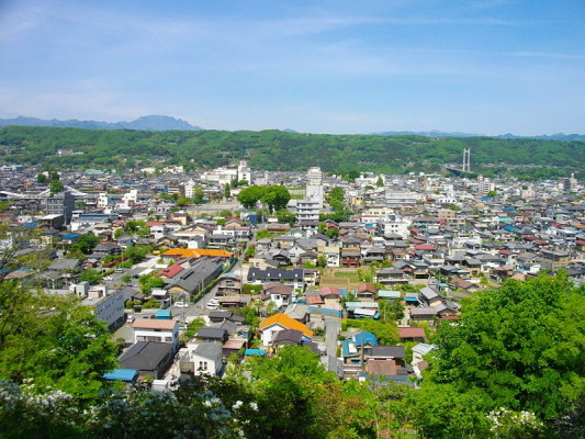 Central_Chichibu_view_from_Hitsujiyama_Park