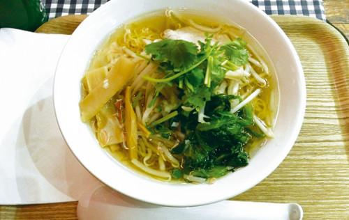 ティーヌン_中華麺